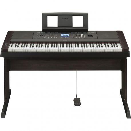 Yamaha DGX-650 portable grand piano electrónico digital
