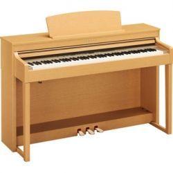Yamaha clavinova CLP-440 piano electrónico digital