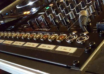 flycase y mecanización para mesa de DJ